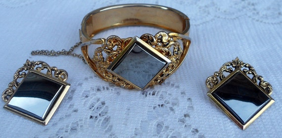 Victorian Style Hinged Bangle with earrings hematite stones