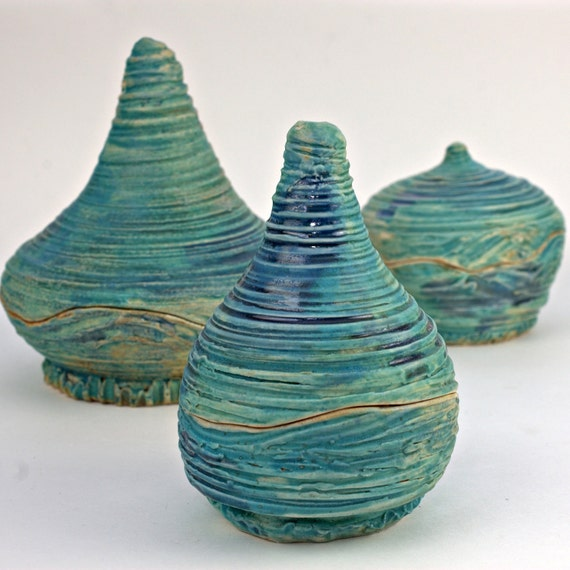 Turquoise Twirling and Twisted Textured Pot