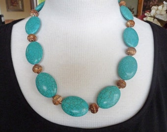 Turquoise and Brown  Necklace     -      N1042