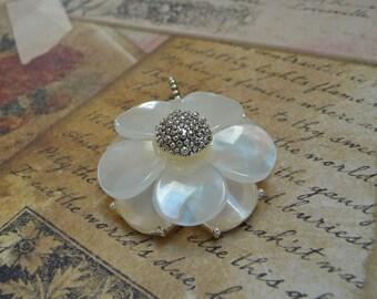 FREE SHIPPING - Five Petals White Flower Pendant - P1396