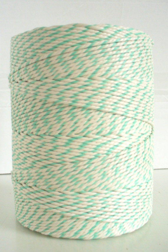 Green and White Baker's Twine Full spool 300 m