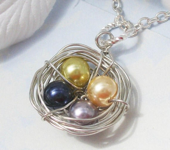 Mommies Little Nest -Personalized Pendant necklace. Birds Nest. Great For Mom Or Grandma Personalized Necklace Swarovski Pearls