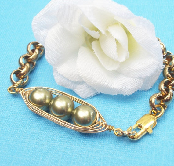 Three Peas In A Pod Gold Belcher Link Bracelet - Swarovski Pearls - Choose Your Color - For Brides,Friends,Sisters Or Mothers.
