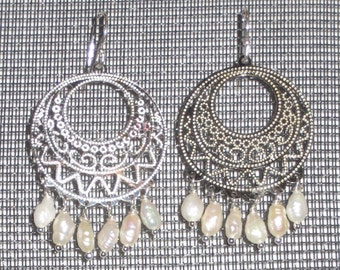 Silver Filigreed Circle Chandler Earrings