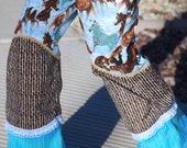 Pants with 3 tiers and ruffles featuring horses - Dortje pants, size 5