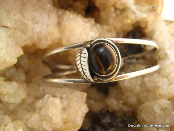 Native American Tigers Eye Sterling Cuff Bracelet  10g