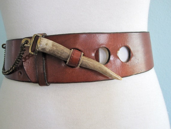 Vintage 70s Belt - Amazing Etienne Aigner Mahogany Leather Belt with Chain and Horn Clasp S