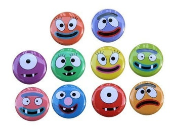 Funny Faces Set of 10 - Buttons Pinbacks Badges 1 inch - Flatbacks or Magnets