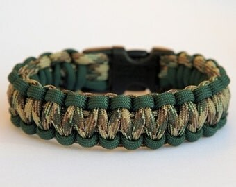 Paracord Survival Bracelet - Hunter Green and Multi Camo