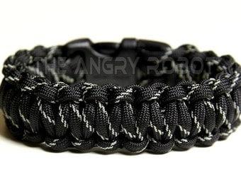 Paracord Survival Bracelet - Black Reflective