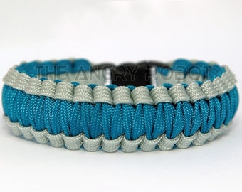 Paracord Survival Bracelet Cobra Gutted - Silver and Caribbean