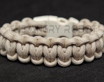 SLIM Paracord Survival Bracelet Cobra - Sand - Sand Buckle