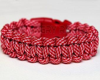 SLIM Paracord Survival Bracelet Cobra - Candy Cane - Red Buckle