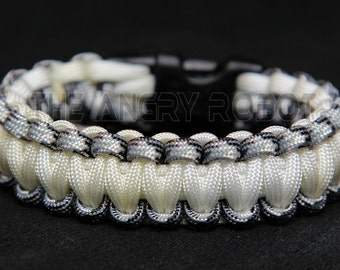 550 Paracord Survival Bracelet  - Urban Camo and White