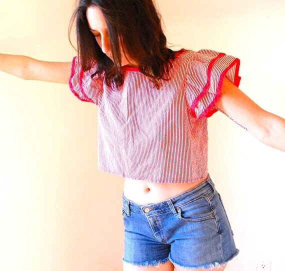 vintage 80s RUFFLE red and white striped CROP top, small