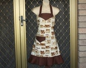 Pretty Ladies Apron in Coffee Themed Fabric