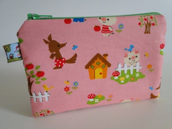 Free shipping - Small Zipper Pouch - Cute Piggy - Japanese fabric