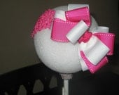 SiZzLiNg HoT BoW... Hot pink and white headband