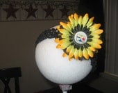 STEELERS FLOWER AND FREE HEADBAND....SEE ALL OTHER TEAMS
