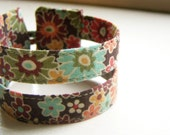 Double strand cuff bracelet in warm retro floral