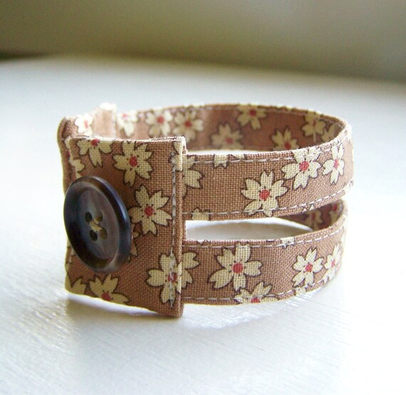 Fabric cuff bracelet in cappuccino autumn floral