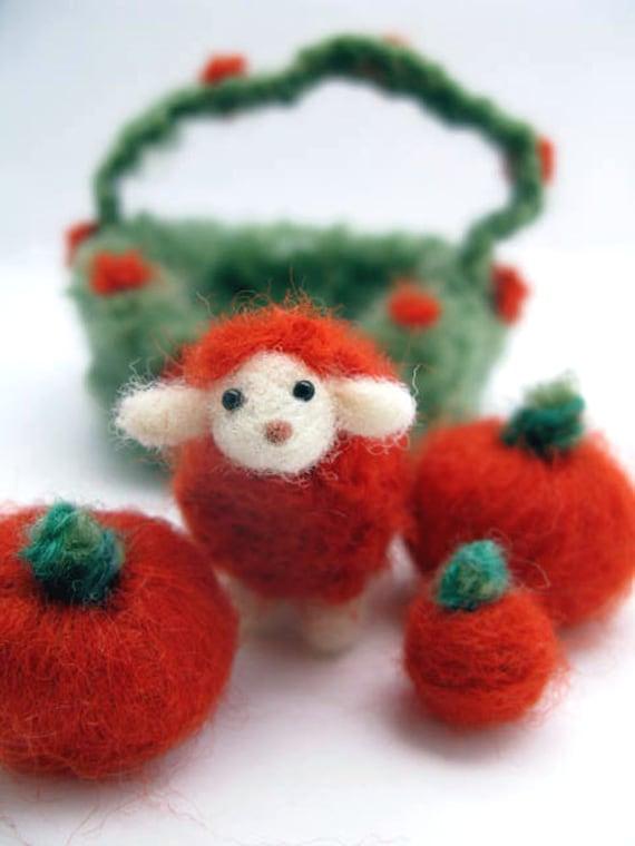 Lamb, Needlefelted, Pumpkin, Basket, Wool, Decoration