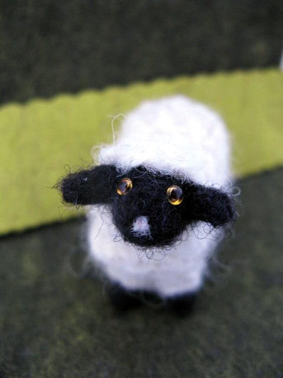 Sheep, Needlefelted, Primitive, Wool, Decorative, Little
