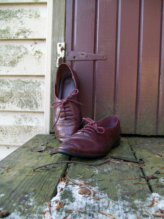 Vintage burgundy leather oxfords - womens size 6.5