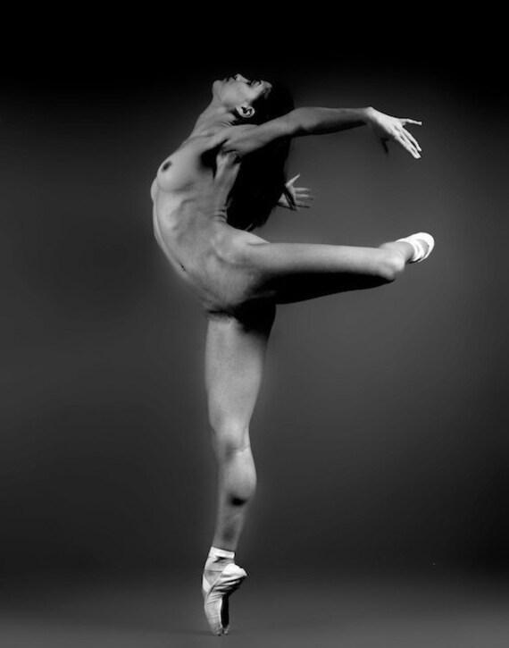 Nude Ballerina Photos 3