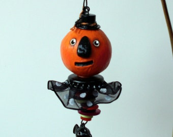 Folk Art Halloween Pumpkin Ornament Decoration