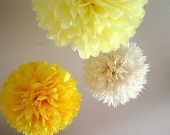 Daisy .. set of 3 tissue pom poms for weddings and birthdays