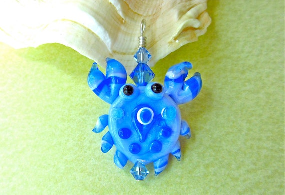 Blue Crab Pendant - Handmade Lampwork Glass Bead