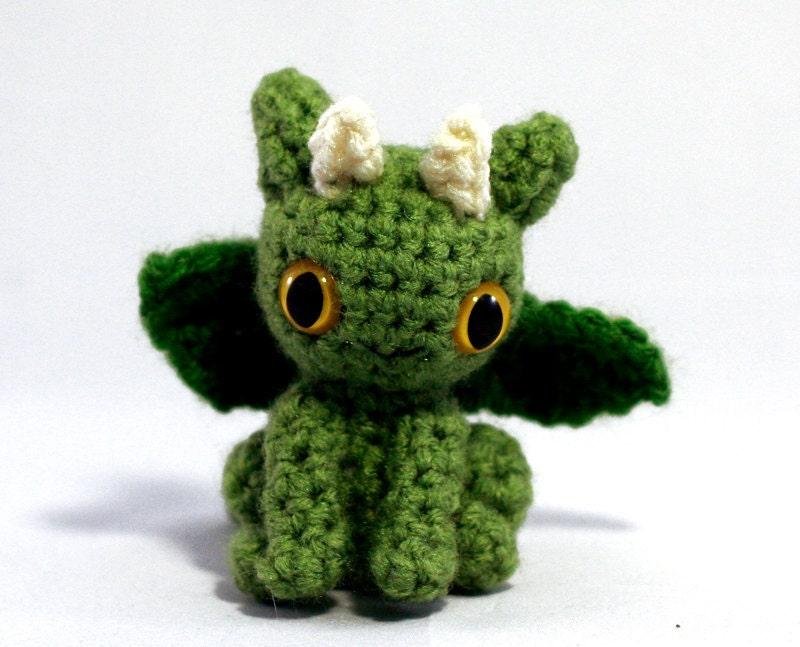 Dragon Amigurumi Eyes : Tiny Dragon Amigurumi Plushie Green