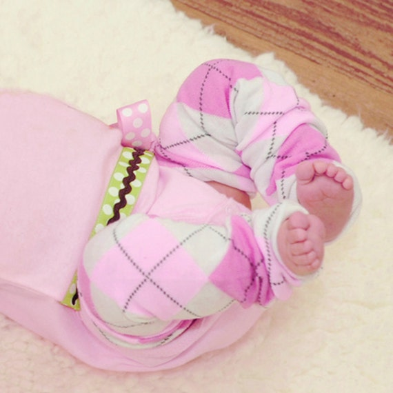 Pink and Fuchsia Argyle Baby Toddler Legs Warmers