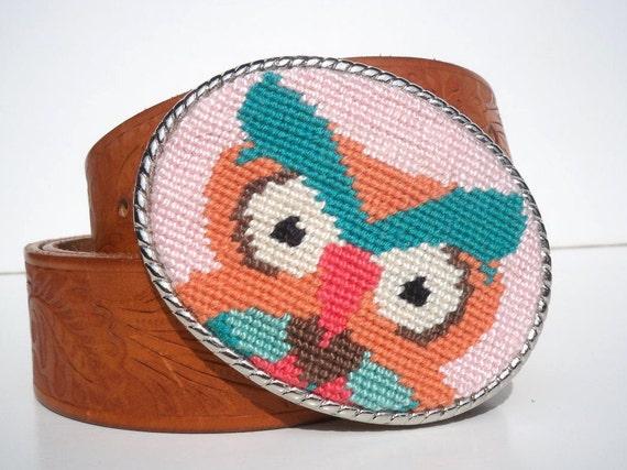 Needlepoint Retro Colored Owl Belt Buckle