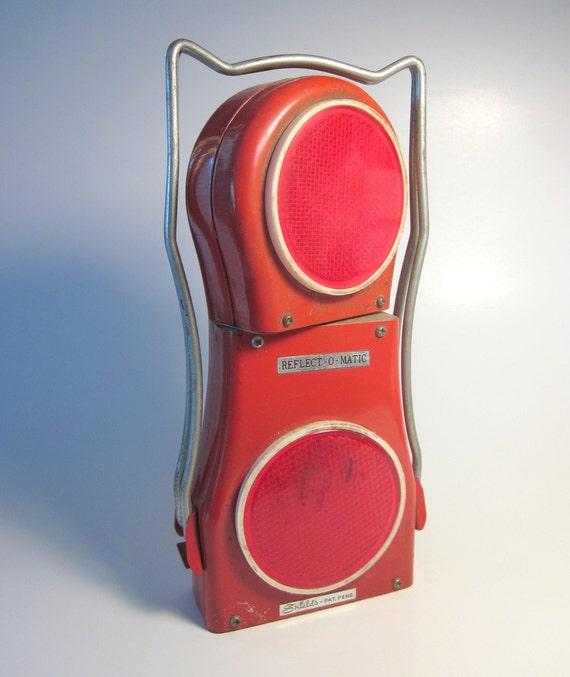 Vintage Shields Reflect-O-Matic Roadside Lamp