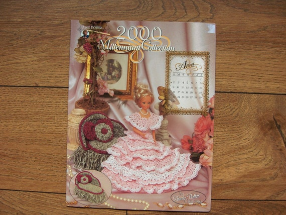 2000 Crochet pattern Miss April 2000 Fashion Doll Dress and Chaise Lounge Jewelry Box