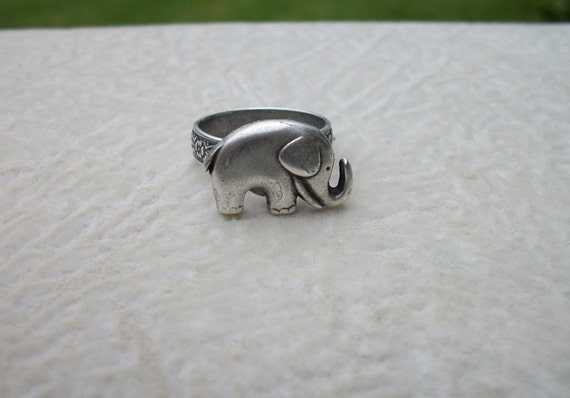 Elephant Pewter Ring - Hidden Adjustable Band