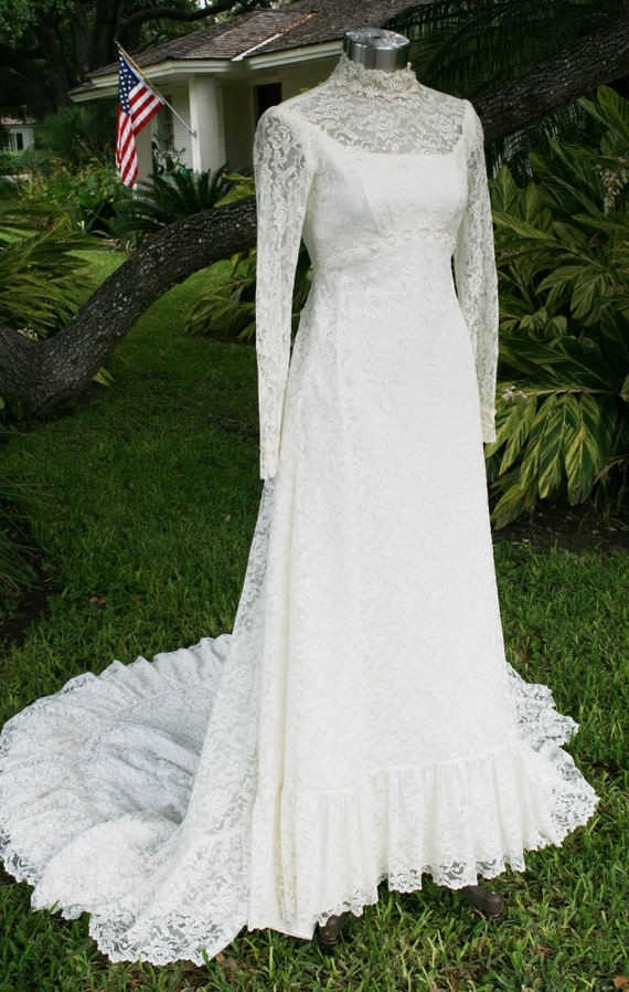 Too Young To Know What Love's About - Circa 1960-70s - Chantilly Lace - Wedding Gown