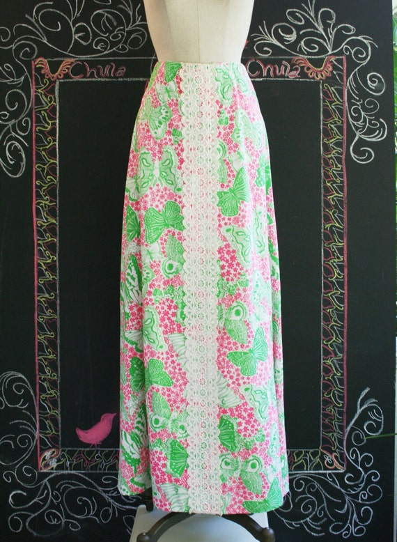 In the style of Lilly Pulitzer - Hollywood Regency - Resortwear