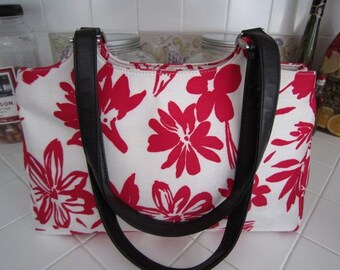 Preston and York Red Flowered Shoulder Bag