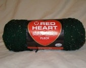 Red Heart Super Saver Fleck 4389 Hunter Fleck Yarn