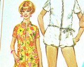 Vintage 60s Simplicity 7648 womens sewing pattern.  Bust 32.5 inches.