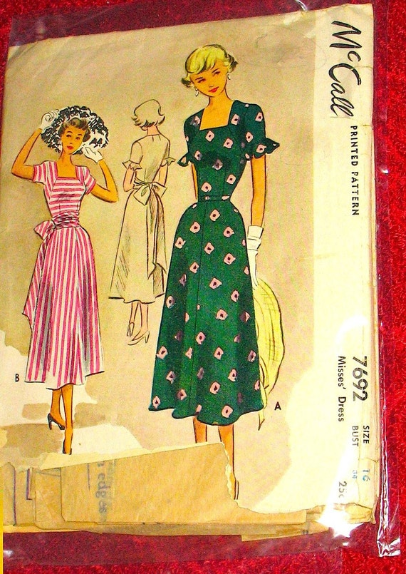 McCalls 7692.  1950s vintage sewing pattern.  Bust 34 inches.