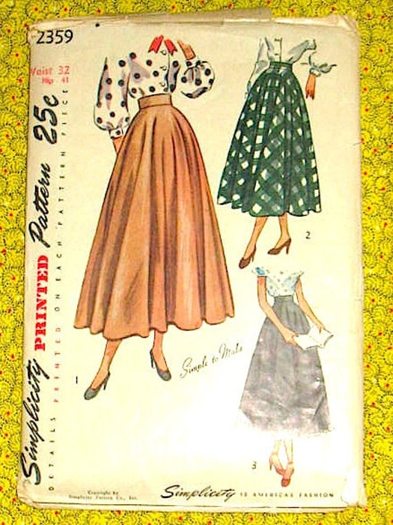 Vintage 1940s or early 50s sewing pattern. Simplicity 2359. Waist 32 and Hip 41 inches.  Skirt.