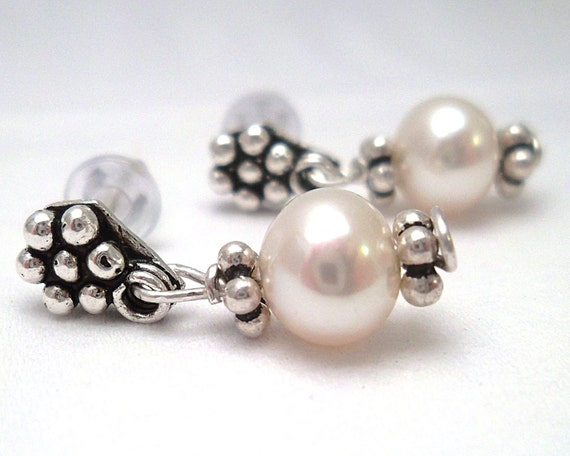 Fine Jewelry, Pearl Earrings - Silver Daisy Flower and Pearl Dangle Earrings