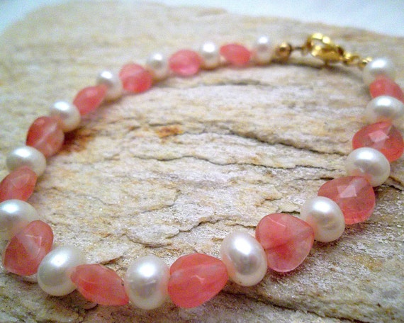 Pink Cherry Quartz and Pearl Bracelet