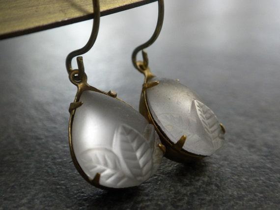 Niobium Wire Earrings Lavendar Teardrops
