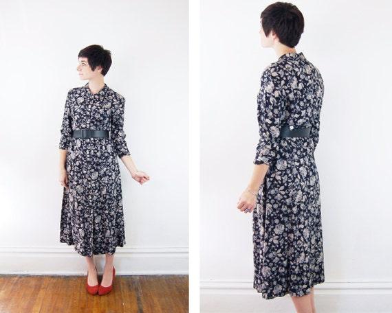 s a l e 1990s Black Floral Midi Dress - S/M