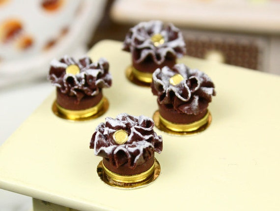 Feuille d'Automne - French Chocolate Ruffle Cake - Small Version - Individual French Miniature Food in 12th Scale